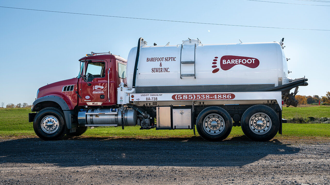 Barefoot Septic Pumper Truck